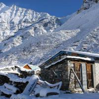 langtang-at-snow-time